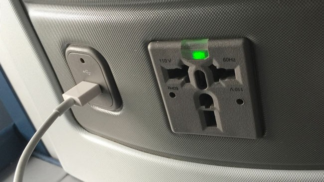 plane-usb-power