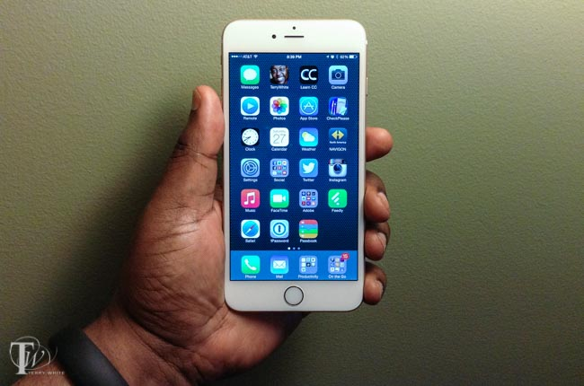 Holding iPhone 6 Plus in my hand