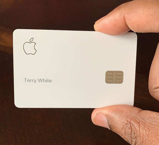 Apple Card in My Hand
